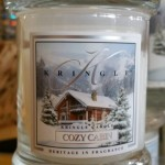 Kringle-Candles-Cozy-Cabin-Scented-Candle-2