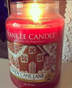 Large-Yankee-Candy-Cane-Lane-Jar