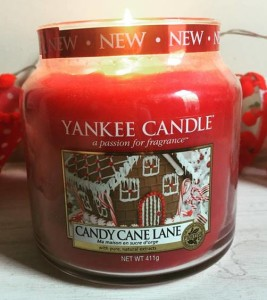 Yankee-Candy-Cane-Lane-Jar-Candle