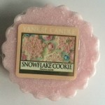 Yankee-Snowflake-Cookie-Wax-Tart-Candle