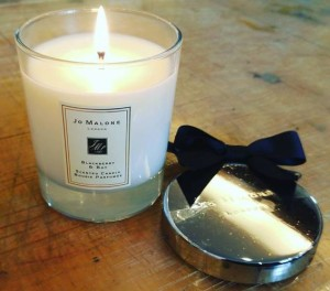Jo-Malone-Blackberry-Bay-Scented-Candle-1