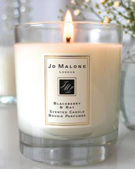 jo malone blackberry bay candle candle frenzy. Black Bedroom Furniture Sets. Home Design Ideas