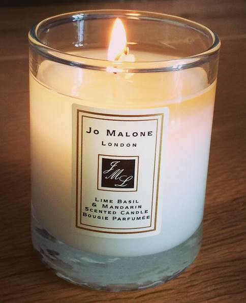 jo malone lime basil mandarin candle candle frenzy. Black Bedroom Furniture Sets. Home Design Ideas