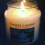 Yankee-14oz-Sparkling-Snow-Jar-Candle