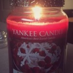 Yankee-22oz-Berry-Trifle-Scented-Candle-1