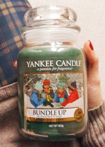 Yankee-22oz-Bundle-Up-Scented-Candle-1