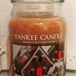 Yankee-22oz-Gingerbread-Scented-Candle-1
