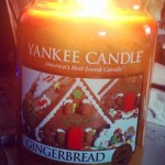 Yankee-22oz-Gingerbread-Scented-Candle-2