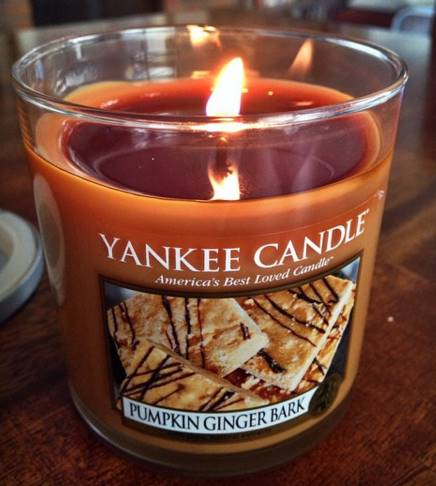 Yankee-22oz-Pumpkin-Ginger-Bark-Scented-Candle-1