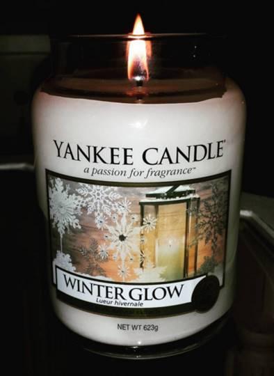 Yankee-22oz-Winter-Glow-Jar-Candle