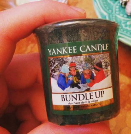 Yankee-Bundle-Up-Votive-Candle-1