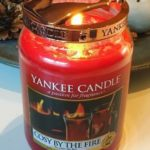 yankee-cosy-by-the-fire-scented-candle-2