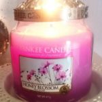 Yankee-Honey-Blossom-Candle-Review-2