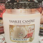 Yankee-North-Pole-Scented-Candle-Review-2