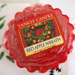 Yankee-Red-Apple-Wreath-Wax-Tart
