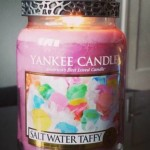 Yankee-Salt-Water-Taffy-Scented-Candle-Review-2