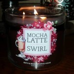 Bath-Body-Works-Mocha-Latte-Swirl-Scented-Candle-Review-2
