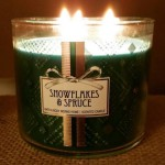 Bath-Body-Works-Snowflakes-and-Spruce-Jar-Candle-1