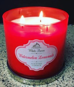 Bath-Body-Works-Watermelon-Lemonade-Scented-Candle-Review-4