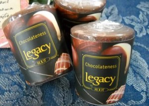 Root-Candle-Chocolateness-Scented-Candle-1