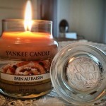 Yankee-Pain-Au-Raisin-Jar-Candle-Review-4