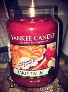 Yankee-Tarte-Tatin-Scented-Candle-Review-6