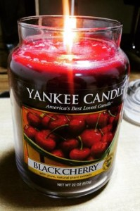 Yankee-Black-Cherry-Candle-Review-Best2