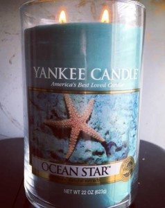 Yankee-Ocean-Star-Candle-Review-1