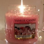 Yankee-Summer-Scoop-Scented-Candle-Review-2