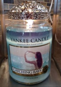 Yankee-Catching-Rays-Scented-Candle-Review-2