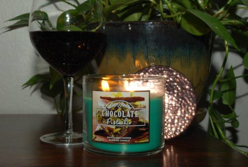 chocolate-pistachio-scented-candle-1