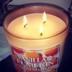 bath-body-works-vanilla-pumpkin-marshmallow-scented-candle-2