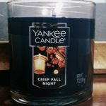 yankee-crisp-fall-night-scented-candle-4