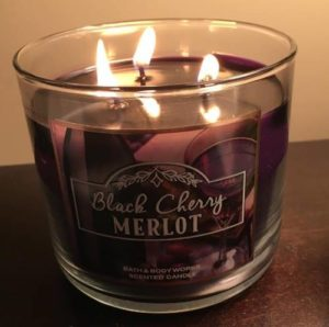 bath-body-works-black-cherry-merlot-scented-candle-1