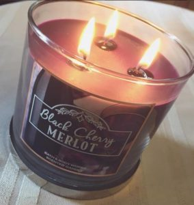bath-body-works-black-cherry-merlot-scented-candle-2