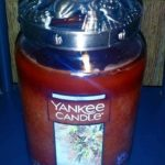 yankee-autumn-wreath-scented-candle-1