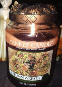 yankee-autumn-wreath-scented-candle-3