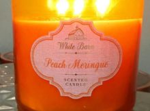 Bath-Body-Works-Peach-Meringue-Scented-Candle-Review-1