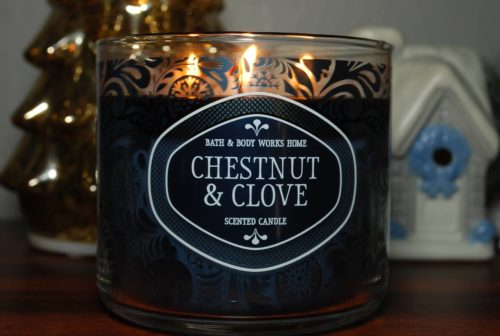 Bath-Body-Works-Chestnut-Clove-Scented-Candle-Review-2