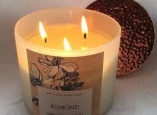 Bath-Body-Works-Almond-Scented-Candle-Review