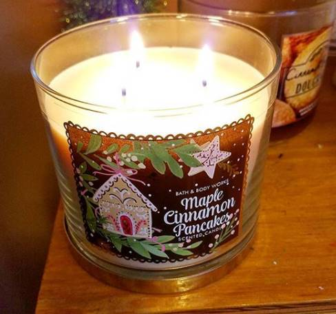 Bath-Body-Works-Maple-Cinnamon-Pancakes-Scented-Candle-Review