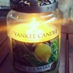 Yankee-April-Showers-Scented-Candle-Review-Photo4