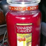 Yankee-Bubbly-Pomegranate-Scented-Candle-Review