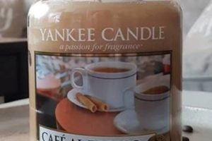 Yankee-Cafe-Al-Fresco-Scented-Candle-Review-star