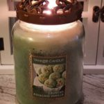 Yankee-Crunchy-Pistachio-Vanilla-Scented-Candle-Review-1