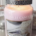Yankee-Honey-Lavender-Gelato-Scented-Candle-Review-4