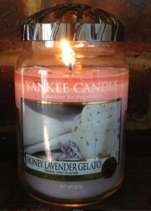 Yankee-Honey-Lavender-Gelato-Scented-Candle-Review