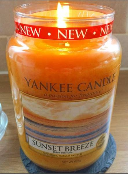 Yankee-Sunset-Breeze-Scented-Candle-Review