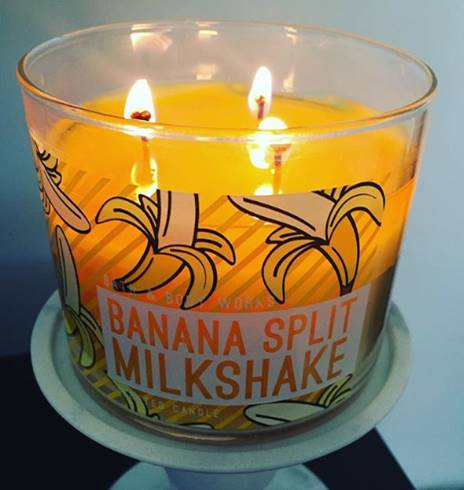Bath-Body-Works-Banana-Spilt-Milkshake-Scented-Candle-Review-Star2