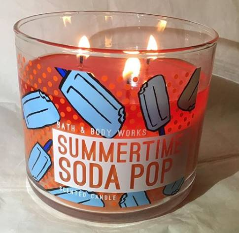 Bath-Body-Works-Summertime-Soda-Pop-Scented-Candle-Review-5
